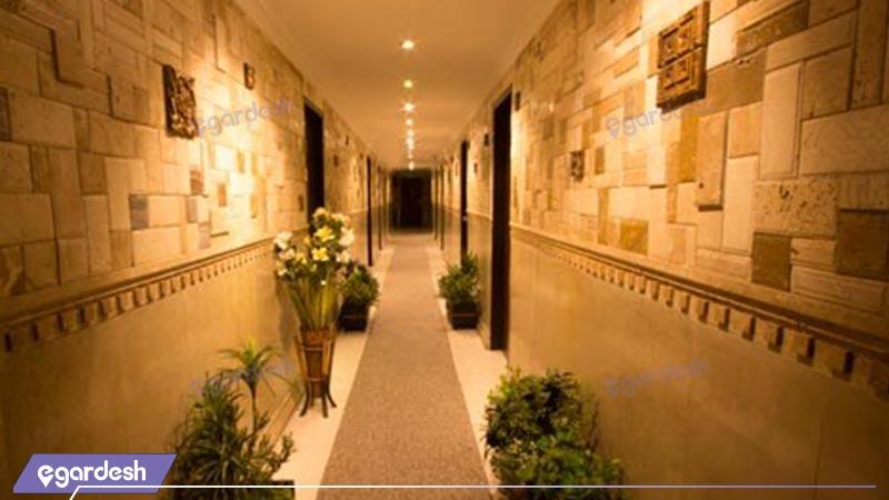 فضای داخلی هتل مرکزی