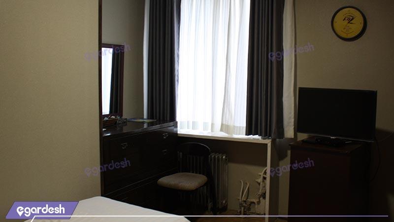 اتاق سینگل هتل جهانگردی شمشک