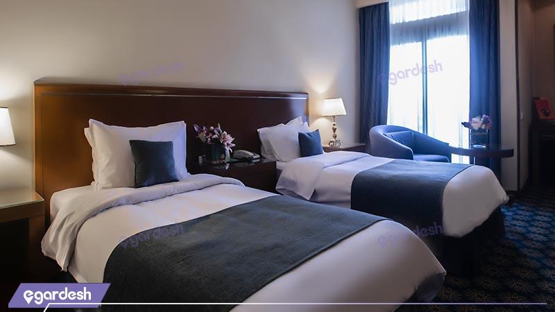 اتاق دو نفره هتل پارسیان کوثر