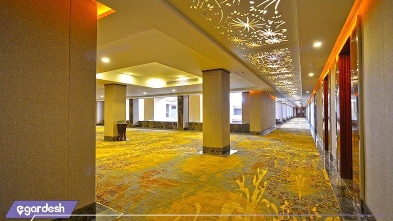 راهرو طبقات هتل داریوش