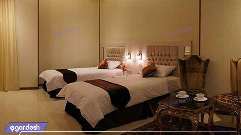اتاق آتریوم هتل سیمرغ فیروزه