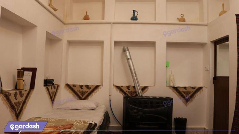 فضای داخلی اقامتگاه بومگردی نخجیر