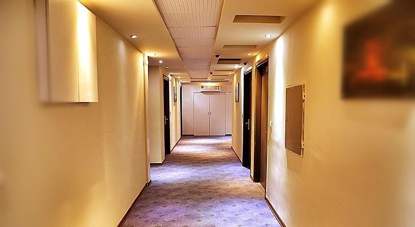 kimia 4 Corridor
