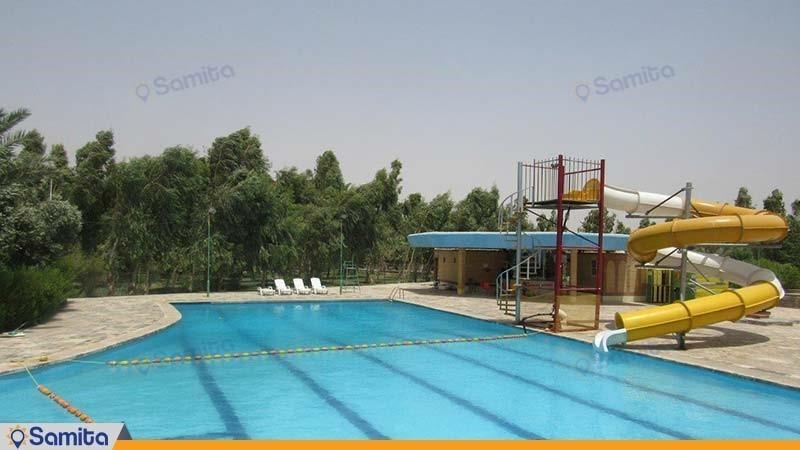 حمام السباحة في الهواء الطلق فندق الخان بارس