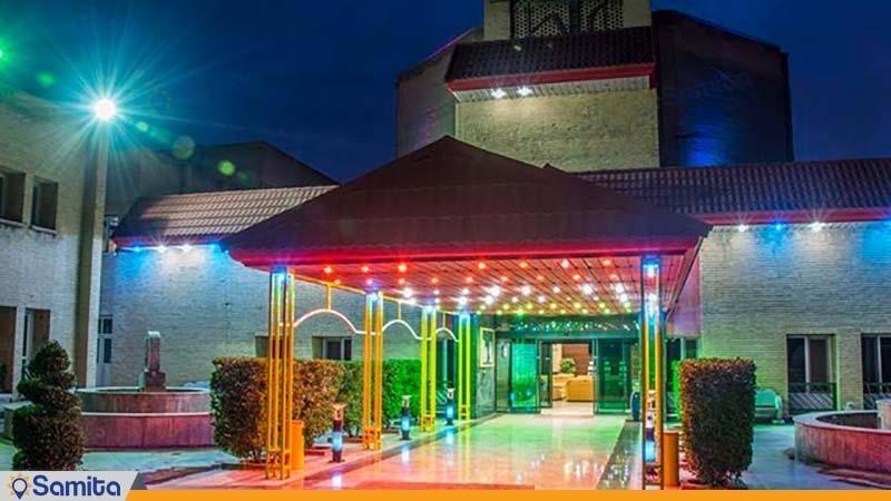 نمای ساختمان هتل توسعه نیشکر