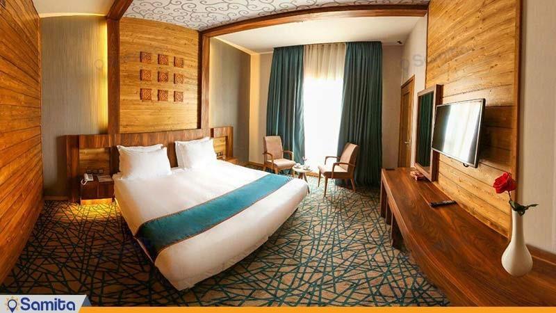 اتاق دبل تراس دار کینگ هتل میزبان