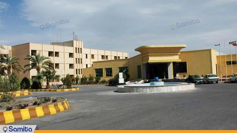 نمای ساختمان هتل پارسیان آزادی بم