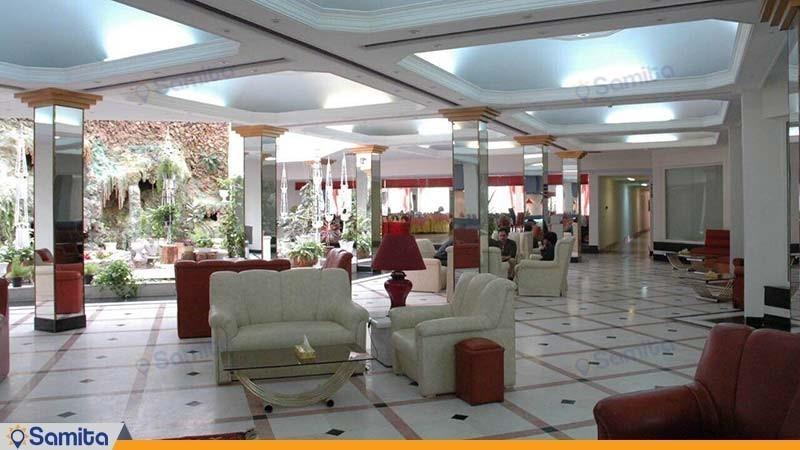 لابی هتل پارسیان آزادی بم
