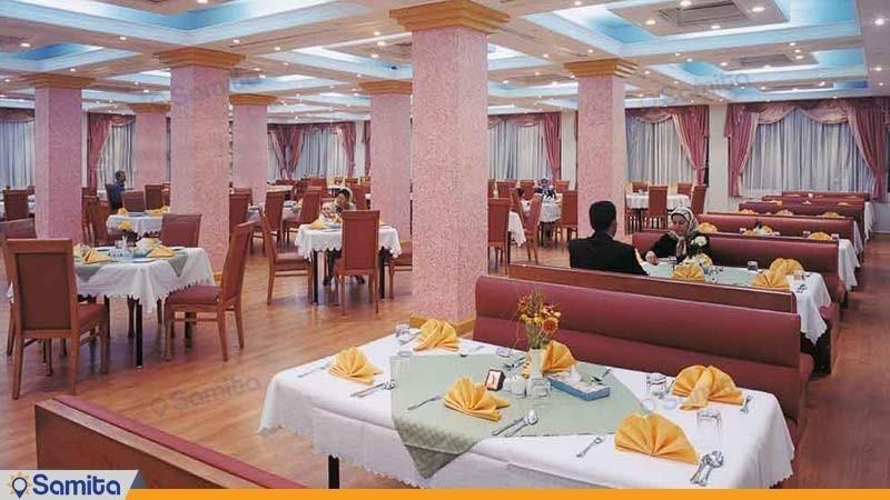 رستوران هتل پارسیان آزادی بم