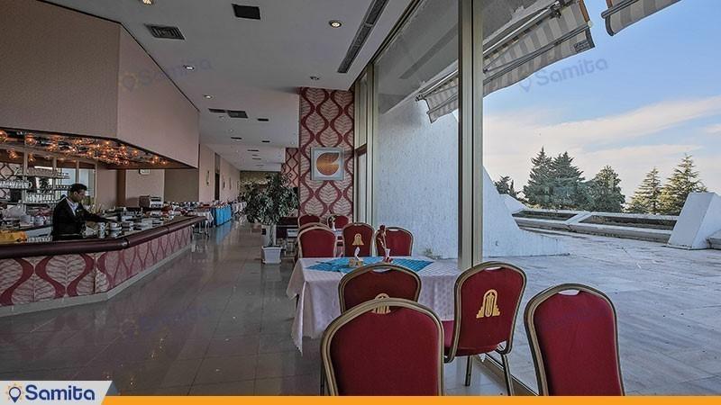رستوران هتل پارسیان آزادی خزر