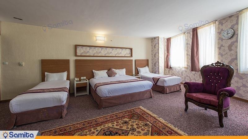 اتاق چهار تخته طلایی هتل آوین