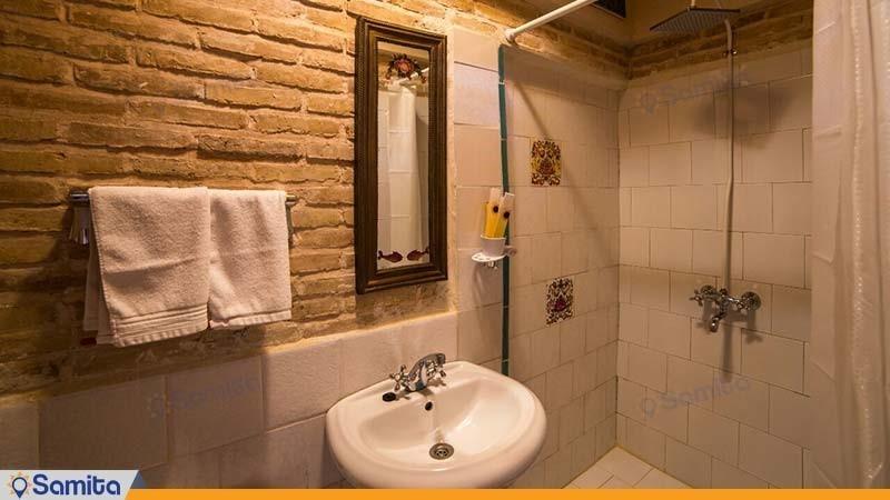 سرویس بهداشتی هتل سنتی بخردی