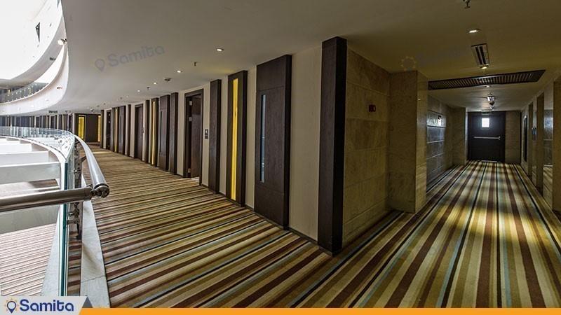 Kowsar Parsian Hotel Corridor
