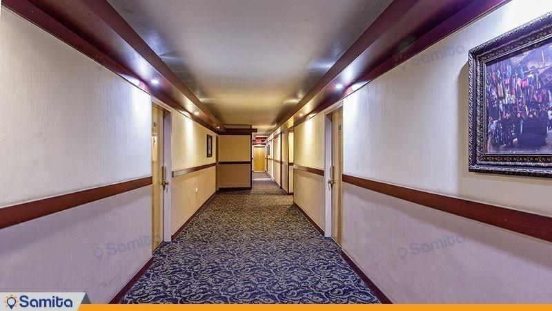 Suite Parsian Hotel Corridor