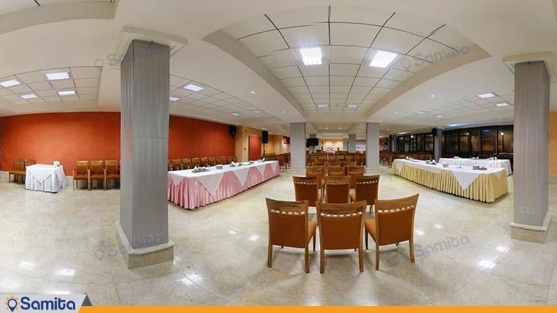 قاعة المؤتمرات فندق بيروزي