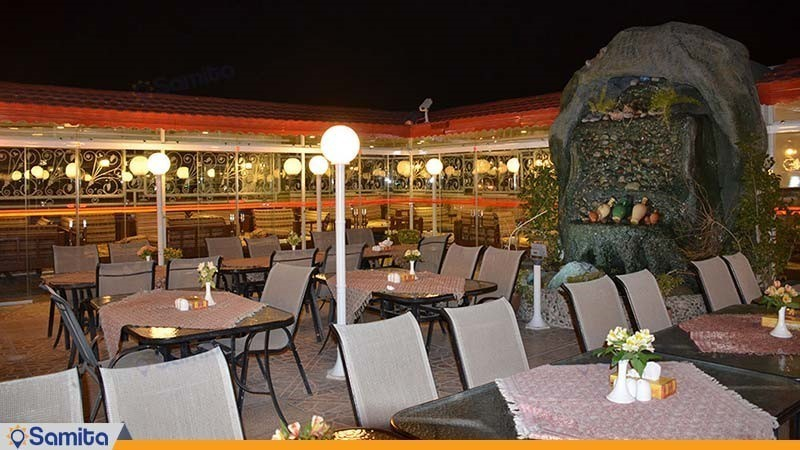 مطعم على السطح فندق ستاره