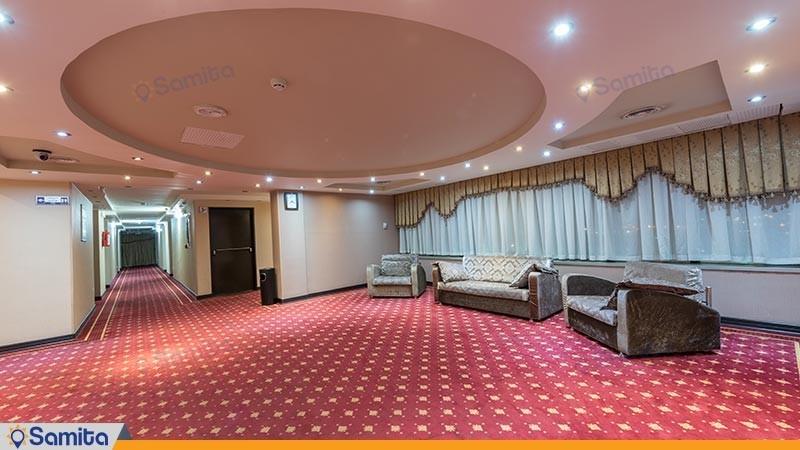 راهرو هتل بزرگ پارسیا