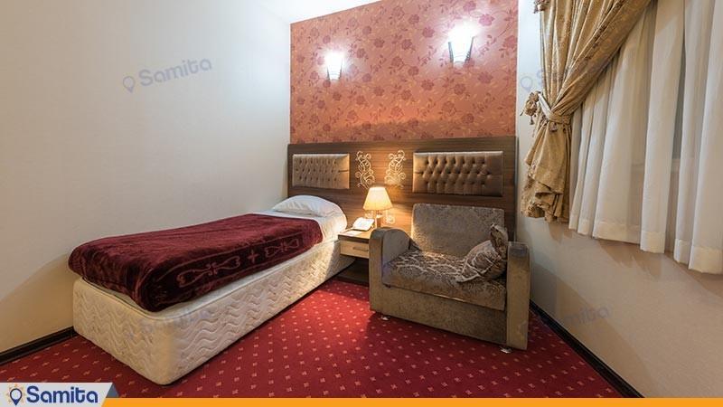 اتاق یک تخته هتل بزرگ پارسیا
