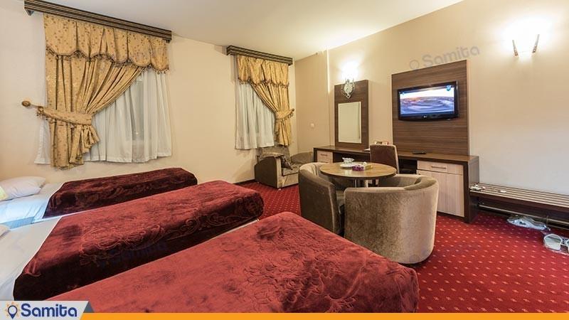 اتاق سه تخته هتل بزرگ پارسیا