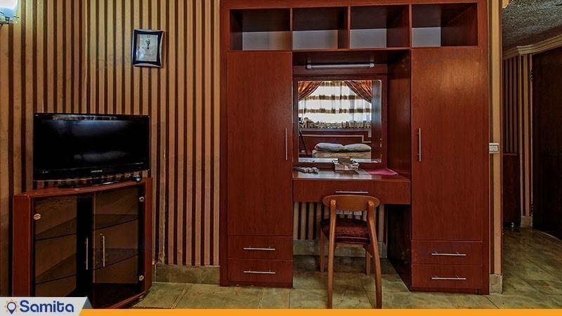 کلبه دو تخته هتل جهانگردی ناهار خوران