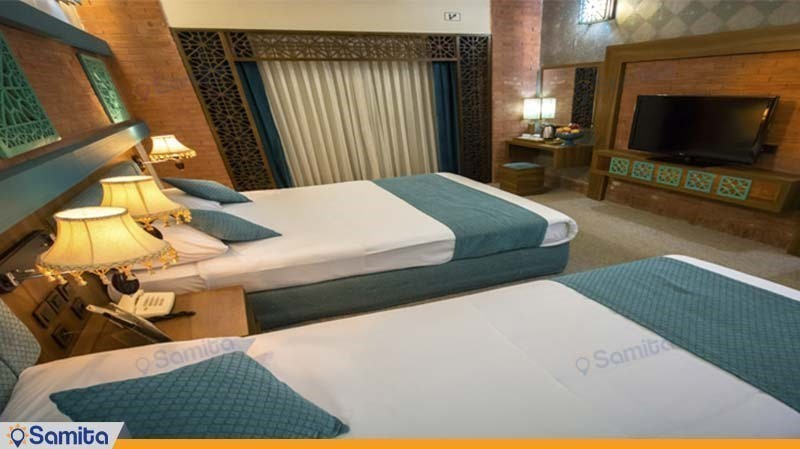 اتاق سه تخته هتل پارسیان بوعلی