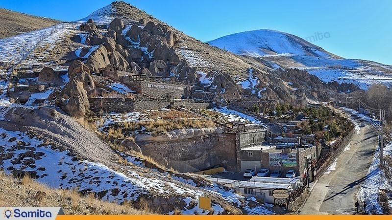 چشم انداز هتل بین المللی صخره ای  لاله