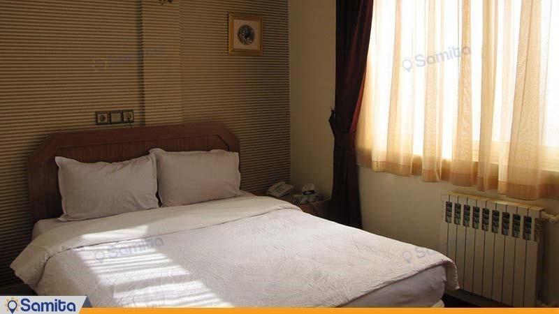 اتاق دبل هتل امیر کبیر کرج