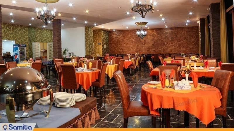 مطعم مجمع جهانكردي ديزين
