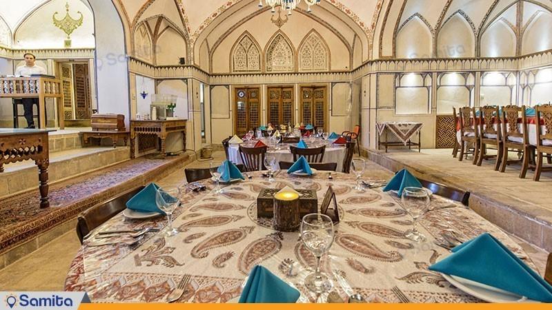 رستوران هتل سنتی مهین سرای راهب