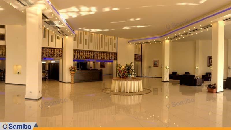 لوبي فندق نكارستان