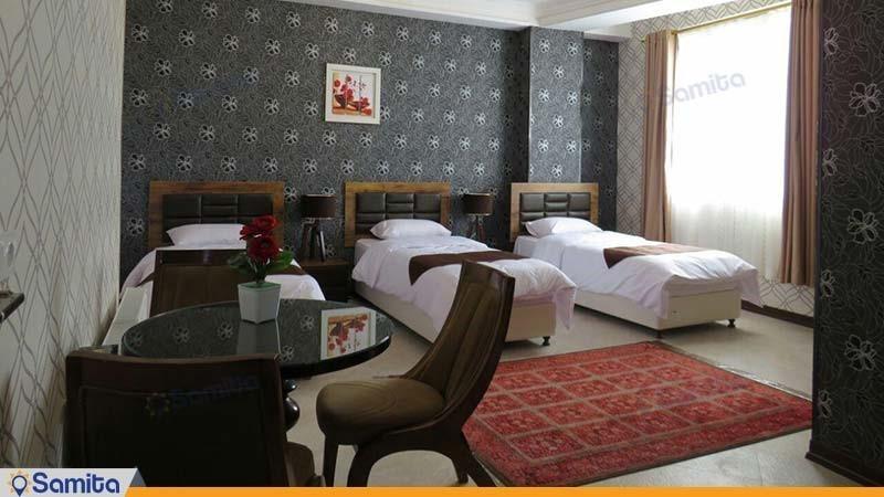 اتاق سه تخته هتل آپارتمان کورش