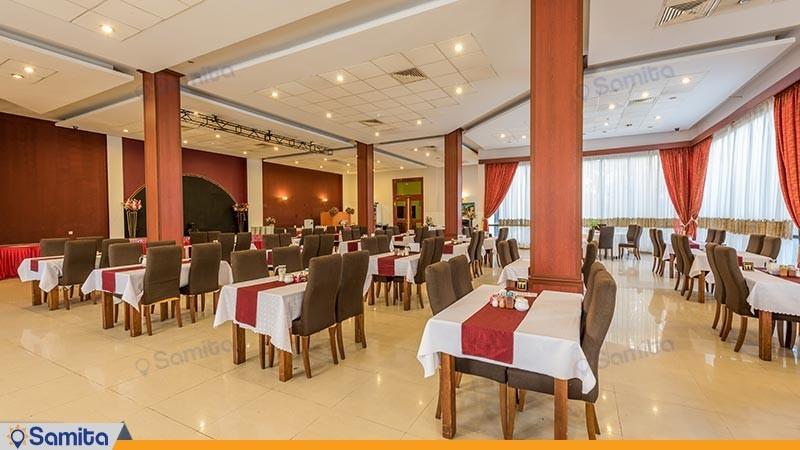 رستوران هتل گراند