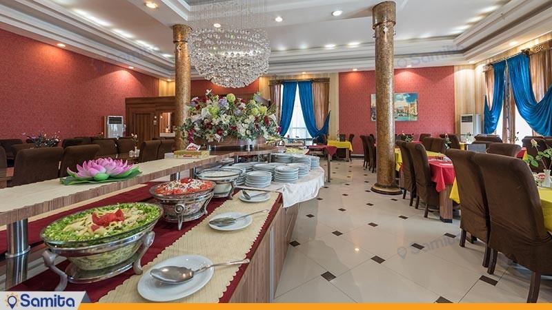 رستوران هتل هلیا
