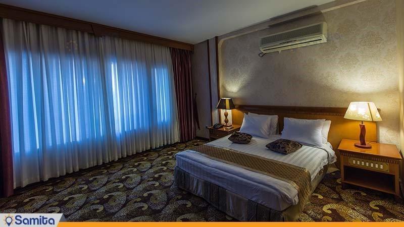 سوئیت یک خوابه رو به دریا هتل پارمیس