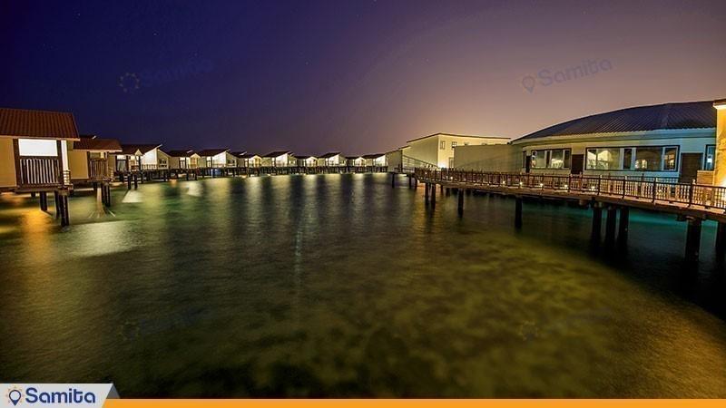 نمای ساختمان هتل دریایی ترنج
