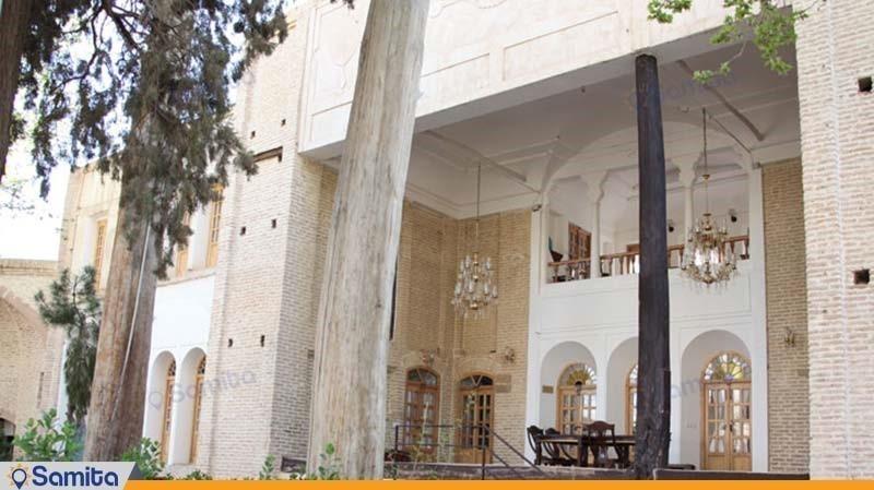 نمای ساختمان هتل باغ سنتی متولی باشی