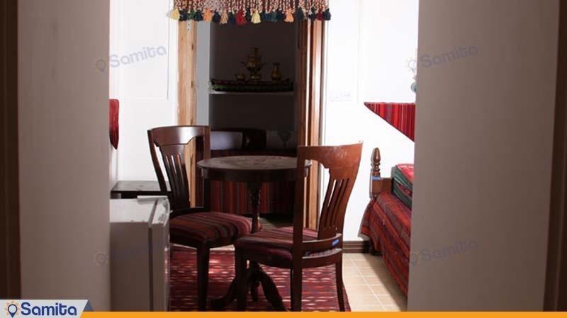 اتاق چهار نفره هتل باغ سنتی متولی باشی