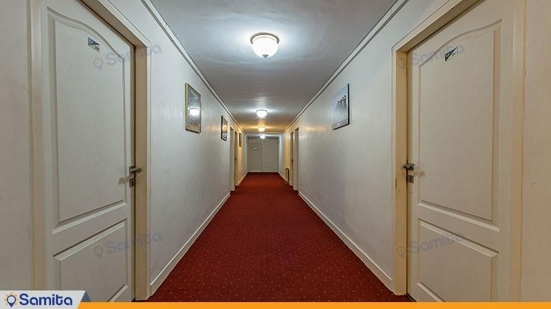 راهرو هتل جهانگردی ماکو