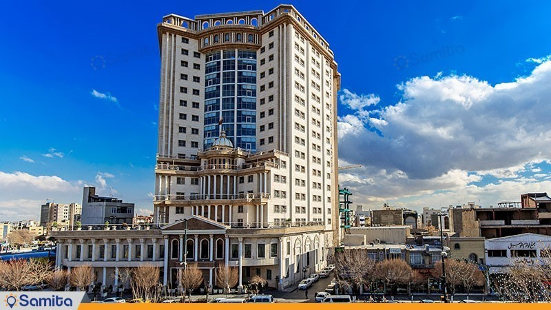 نمای ساختمان هتل بین المللی قصر طلایی