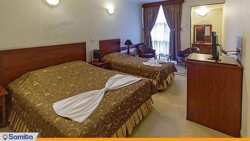 اتاق سه تخته هتل هلیا مشهد