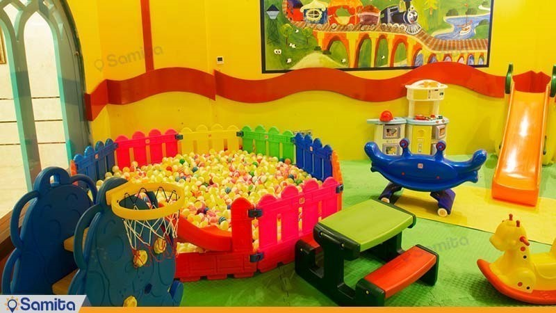 زمین بازی کودکان هتل مدینة الرضا