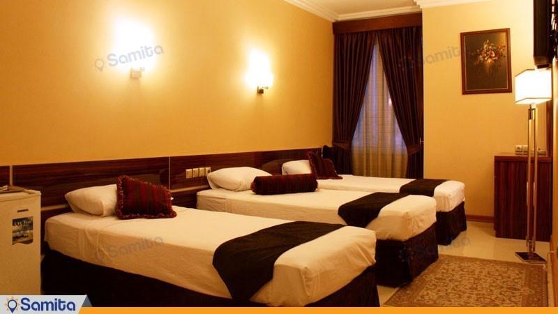 اتاق سه تخته هتل منجی