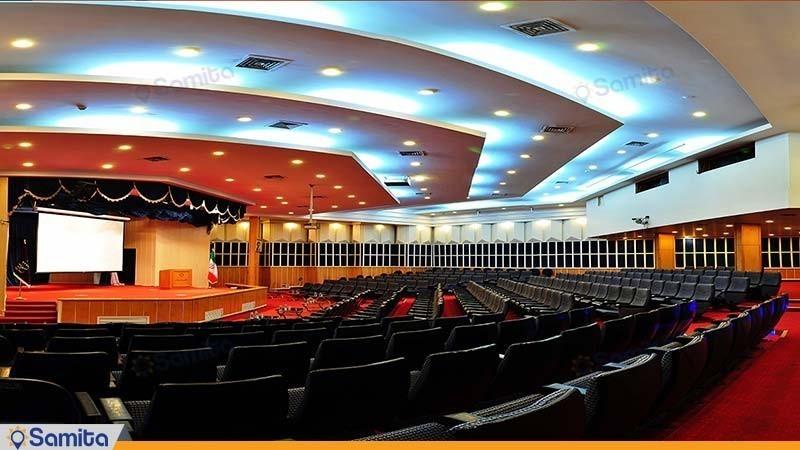آمفی تئاتر هتل پردیسان