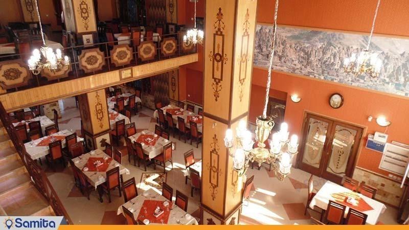رستوران هتل قصر اسکو