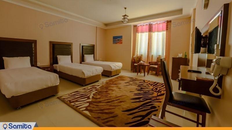 اتاق سه تخته با ویو شهر هتل ارم قشم