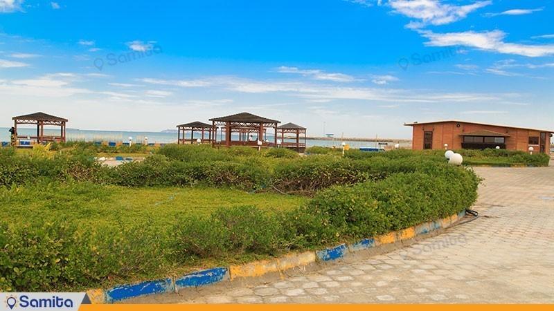 محوطه هتل ساحلی خلیج فارس