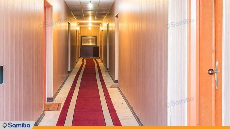 راهرو هتل بزرگ ملکشاه