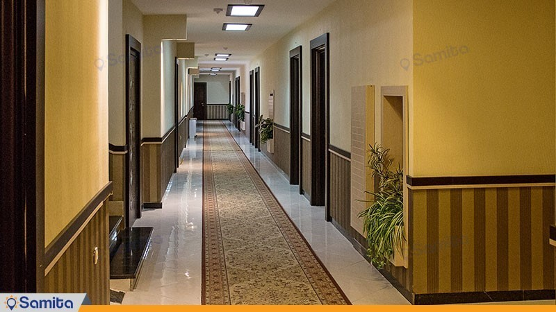 راهرو هتل بادله