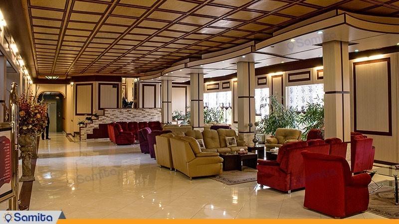 لابی هتل بادله