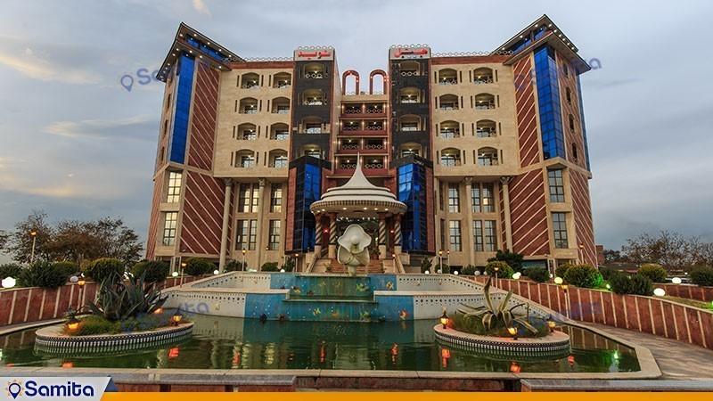 نمای ساختمان هتل نوید